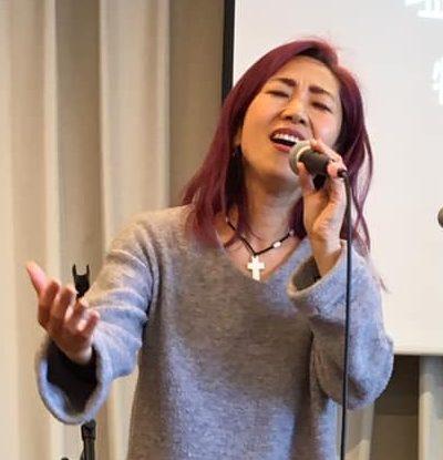 塩谷美和さんをお招きしてゴスペル礼拝が執り行われました